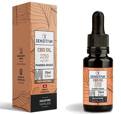 Bottle and pack 15 ml of CBD Oil 15% - Sensitiva
