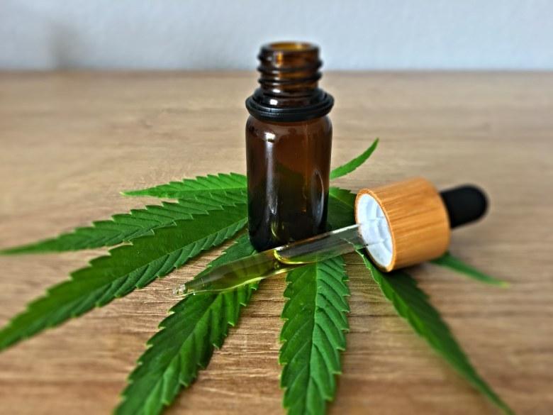 cbd oil of legal cannabis